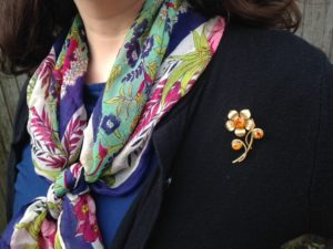 Current favorite scarf, a most autumnal pin.
